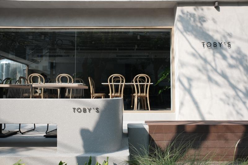 Toby's Saladaeng